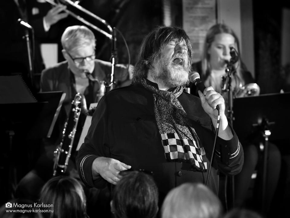 Ebbot Lundberg & Håkan Broström New Places Orchestra